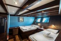 Love Boat (Group Charter Yacht)